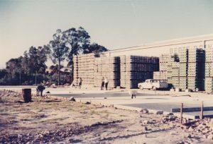 Building Berts Soft Drinks factory